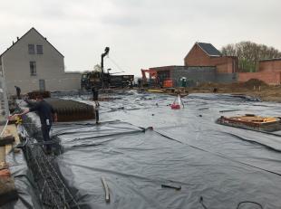 Dit appartement op het 1e verdiep maakt deel uit van een nieuw te bouwen Building van 16 appartementen in Tisselt. Zeer rustig gelegen en onmiddelijk