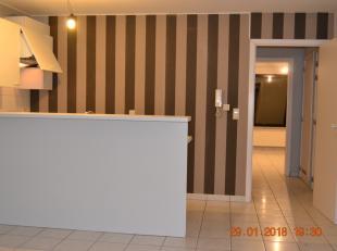 Appartement op de eerste verdieping.<br /> <br /> Indeling: inkom, living met open keuken, badkamer met ligbad en lavabo, toilet, slaapkamer voor dubb