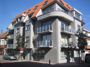 Te huur Duplex appartement met 2 grote slaapkamers<br /> mooie ruime leefruimte met open keuken en berging<br /> op de verdieping 2 ruime slaapkamers,