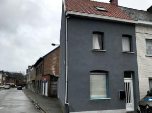 Woning (HOB) in de nabije omgeving van het centrum van Aalst. Deze woning is voorzien op het gelijkvloers van een inkom, slaapkamer,woonkamer, keuken,