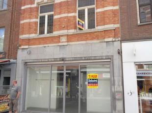 Topwinkelpand te huur, gelegen te Leuven, Diestsestraat 120, gelegen op het beste gedeelte van deze straat. <br /> Het pand heeft een gelijkvloerse op