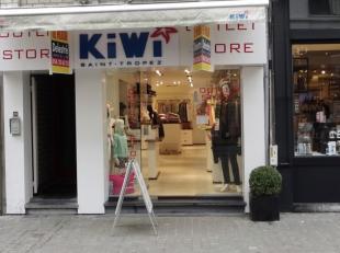 Top gelegen winkelpand te huur in het centrum van Antwerpen (één van de winkelwandelstraten van de 'Wilde Zee'). <br /> Het pand heeft e