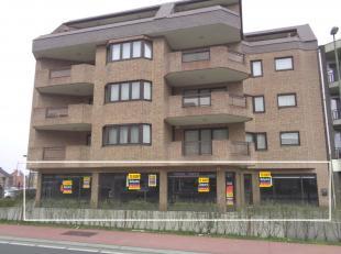 Handelsgelijkvloers te koop met een oppervlakte van ca. 346 m², nabij de Kuringersteenweg te Hasselt. Retailers in de buurt: ZEB Fashion, Carrefo