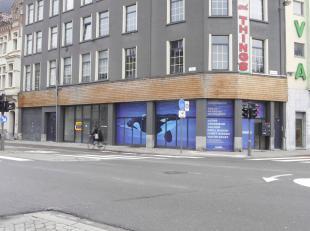 Commercieel handelsgelijkvloers te huur, met een oppervlakte van ca. 542 m² in het centrum van Antwerpen (naast AVA PAPIERWAREN), nabij het Justi
