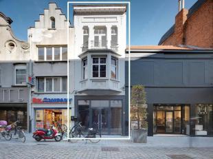Handelseigendom te koop, gelegen in het centrum van Lier op de belangrijkste winkelstraat. <br /> Het pand heeft een gelijkvloerse oppervlakte van ca.