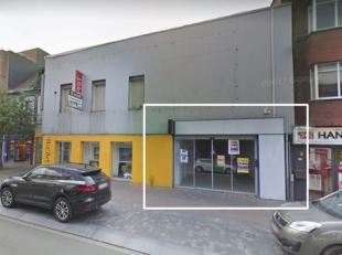 Winkelpand te huur met een oppervlakte van ca. 110 m², gelegen op het beste gedeelte van de Bredabaan te Brasschaat. <br /> De maandelijkse huurp