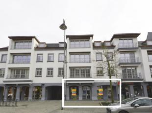 Hoogwaardig afgewerkt handelspand te huur, gelegen op één van de beste locaties van het centrum van Dendermonde. Dit gelijkvloers heeft