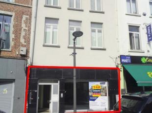 Kantoor te huur (voorheen Interim), gelegen in het centrum van Tienen. Dit pand heeft een gelijkvloerse oppervlakte van ca. 100 m² + kelder. De m