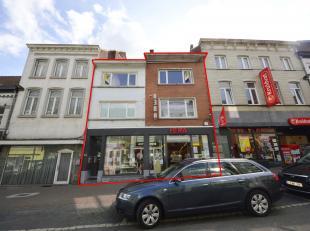 Voor een bezoek of meer info bel 054/33 62 52. <br /> Moderne investeringseigendom te koop, gelegen in het centrum. De jaarlijkse huuropbrengst voor h