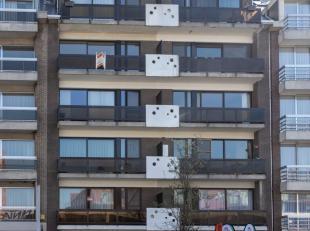 Ninove , Centrumlaan 22 bus 7 - Een centraal gelegen appartementsgebouw waarvan dak, lift en verwarming recent werden aangepast aan de huidig geldende