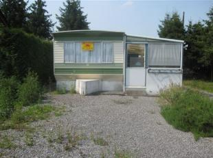 Caravane avec terrain de 300m²