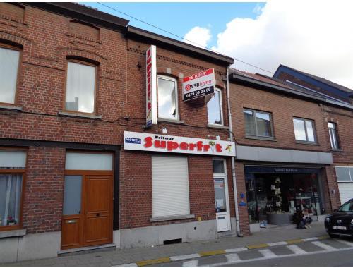 Gemengd gebruik te koop in Halle, € 249.000