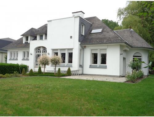 Villa te koop in Nieuwenhove, € 329.000