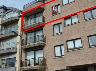 LUXE-APPARTEMENT MET 2 SLAAPKAMERS + KELDER. Stijlvol en luxueus appartement (125m2) met indrukwekkend zicht op de kaaien en Dender te Geraardsbergen.