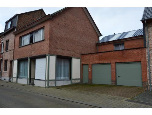 Maison à vendre à Overboelare, € 269.000