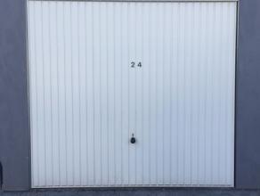 Garage nummer 24 in garagencomplex
