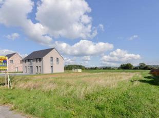 Bouwgrond voor open bebouwing met prachtig zicht op de groene velden. Zonder bouwverplichting!<br /> Het betreft een perceel grond met een totale gron