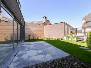 """Maakt deel uit van eenkaraktervol nieuwbouwproject """"Hof Ter Windicke"""" bestaande uit 2 gebouwen die samen 18 wooneenheden omvatten! Gelegen in het hart"""