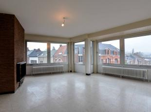Bien professionnel à vendre                     à 9660 Nederbrakel