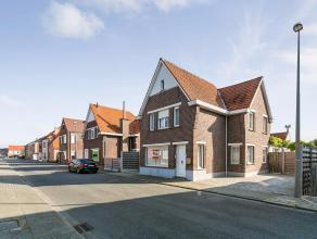 Deze alleenstaande woning is gelegen te Zingem in de buurt van allerlei faciliteiten en de N60 Oudenaarde - Gent. De woning bestaat uit: een inkomhal,