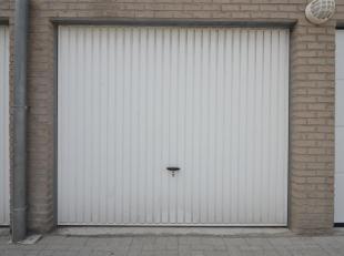 Deze volledig afgesloten garagebox ligt in een garagecomplex achter Residentie Fairy I & II te Zeebrugge. Het complex is volledig afgesloten met e