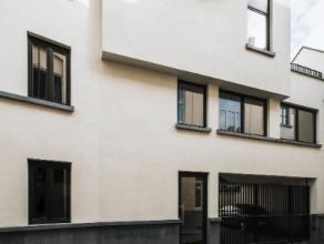 Mooi volledig afgewerkt en instapklaar appartement, twee terrassen. Bijna volledig bemeubeld. Het appartement is volledig geschilderd, voorzien van al