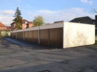 Op wandelafstand van het Sint-Pietersstation vindt u dit hermetisch afgesloten en verlicht garagecomplex. Binnen dit complex wordt box 67 te huur aang