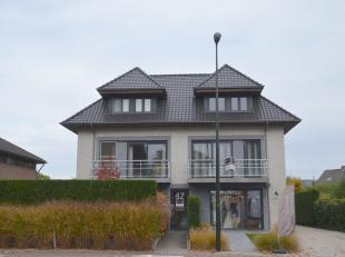 """In een residentiële straat met familiale toets huist residentie """"Manon"""" welke slechts 4 wooneenheden omvat! Dit hedendaags appartement  (144 m2)"""