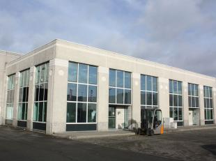 Modern semi-industrieel project met enkele beschikbare kantoormodules gelegen in het Havengebied Gent te Oostakker, vlot bereikbaar vanaf autosnelweg