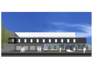 Het betreft een project op maat van de huurder op een perceel van 8.900m². Dit perceel is gelegen in de industriezone Langevoorde te Aalter, lang