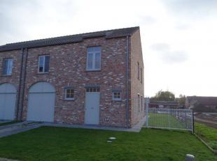 Property ID : TGP20 Te Huur 825 Per Maand - Half-Open Woning -- !! NIEUW !! 238 m² 3 Slaapkamers 1 Badkamer 1 Garage Toevoegen aan favorieten Pri