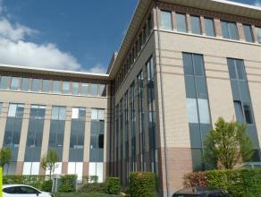 256m² kantoorruimte<br /> Ligging: vlakbij afrit E19<br /> Beschikbaar: onmiddellijk<br /> Meer info of een bezoek inplannen? Contacteer Cedri