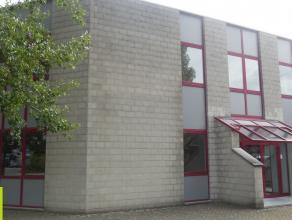 540m² kantoorruimte opsplitsbaar vanaf 100m²<br /> Ligging: vlakbij E19 <br /> Beschikbaar: onmiddellijk<br /> voorbeeld: 100m² kant