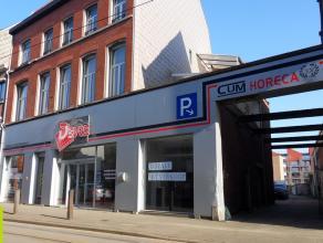 677m² winkel met opslag <br /> Ligging: op 50m van de stadsring R40, vlotte verbinding naar R4; naast Dok Noord <br /> Beschikbaar: 1 maand na