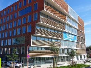 110m² kantoorruimte <br /> Ligging: Aan stadsring, R4, op 5 min van afrit E17/E40, op wandelafstand van centrum / Dampoortstation <br /> Beschi