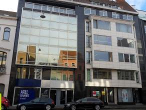 158m² (à 543,53m²) kantoren <br /> Ligging: op wandelafstand van Sint-Pietersstation, vlot bereikbaar met openbaar vervoer <br /> B