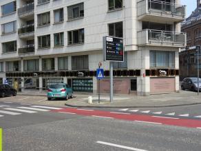 355m² kantoren / praktijkruimte met kelder <br /> Ligging: langs de R40, met zicht op het Citadelpark Beschikbaar: onmiddellijk bij het verlijde