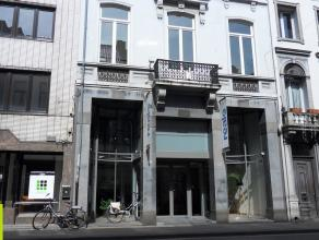 63m² (à 312m²) gemeubelde kantoren <br /> Ligging: centrum Gent tussen St. Jacobs en St-Anna; bushalte op 100m <br /> Beschikbaar: