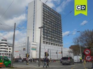650m² kantoorruimte (uitbreidbaar tot 3919m²)<br /> Ligging: vlakbij station Antwerpen-Centraal<br /> Specificaties: dubbel glas (extra isol