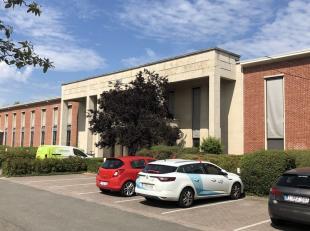 127m²  kantoorruimte (oppervlaktes op deze site vanaf 100m² tot 1600m²)<br /> Ligging: op 10min van ring 1; naast luchthaven<br /> Spec