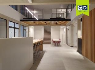 20m² gemeubelde kantoorruimte met 1 tot 2 werkposten (uitbreidbaar tot 126m²)<br /> All in prijs incl. onderhoud, elektriciteit, verwarming,