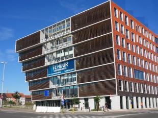 26m² kantoorruimte voor 4 werkplekken (uitbreidbaar tot 150m²)<br /> Ligging: vlot bereikbaar via openbaar vervoer<br /> Specificaties: zonw