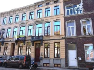 196,5m² instapklare kantoren<br /> Ligging: commercieel gelegen aan stadsring, vlakbij Justitiepaleis en stadscentrum, vlotte verbinding naar E40
