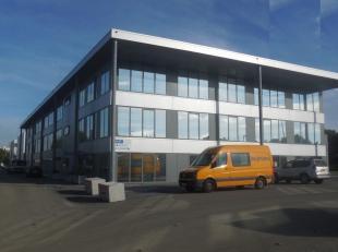 728m² kantoren op eerste verdieping<br /> Ligging: zichtlocatie langs Singel en Ring; op wandelafstand van tram, bus en metro<br /> Specificaties