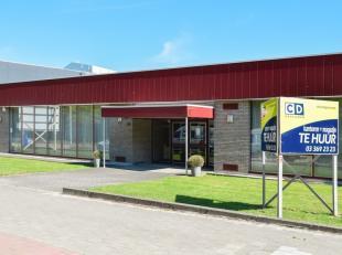 120m² kantoren (met mogelijkheid tot bijhuren van magazijn)<br /> Ligging: vlakbij A12 en openbaar vervoer aan het pand<br /> Specificaties: alum