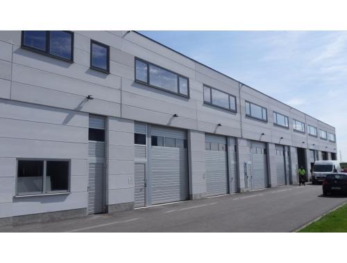 Bâtiment d'entreprise à louer à Evergem, € 1.380