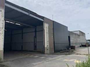 995m² magazijn<br /> Ligging: in industriepark Aalter, vlakbij N44 en E40 (afrit Aalter)<br /> Specificaties: staalstructuur, vrije hoogte: 5m, 2