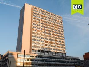 709m² kantoorruimte<br /> Ligging: vlakbij station Antwerpen-Centraal<br /> Specificaties: dubbel glas (extra isolerend), indeling bespreekbaar,