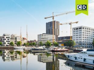 352m² kantoren op 3de verdieping<br /> Ligging: vlot bereikbaar met openbaar vervoer; nabij 't eilandje<br /> Specificaties: betonstructuur, dubb