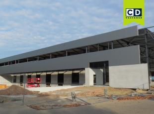 2352m² magazijnruimte voor voedingsgerelateerde en logistieke bedrijven<br /> uitbreidbaar tot 50000m² met mogelijkheid tot kantoren<br /> L